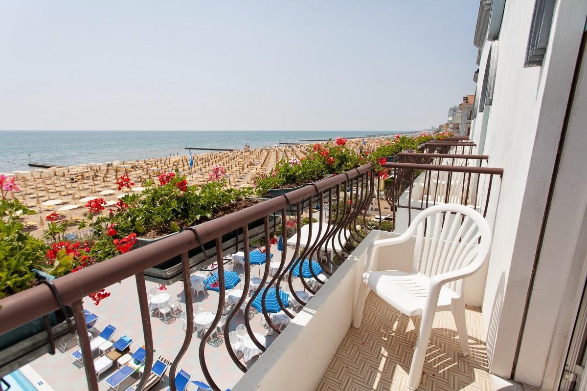 Hotel marina jesolo hotel fronte mare 3 stelle jesolo camera frontemare jesolo - Hotel jesolo con piscina fronte mare ...